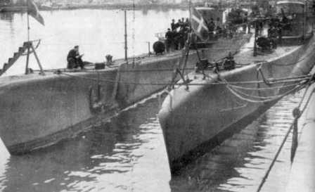 Italian submarines in Bordeaux.<br/>